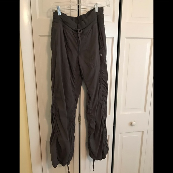 lululemon athletica Pants - Lululemon Gray Dance Studio Pants Lined, sz 10